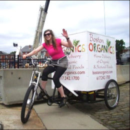 Main Street Mobility delivery trike Boston. Carries organic goods for delivery!
